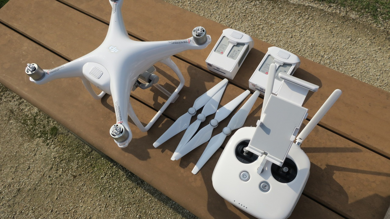 Drone ドローン最大手のDJI社製 ファントム 4 の買取査定
